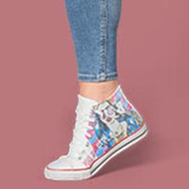 Egyedi cipő és ruha